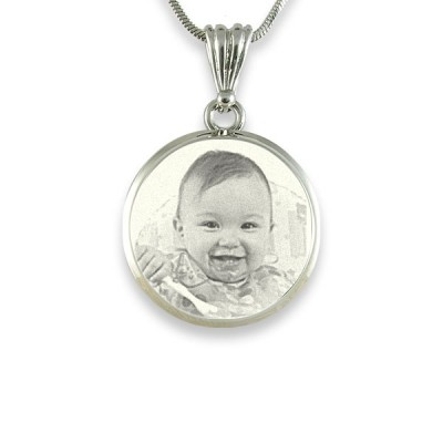 925 Sterling Silver Photo In Circle Pendant Necklace - By The Name Necklace;